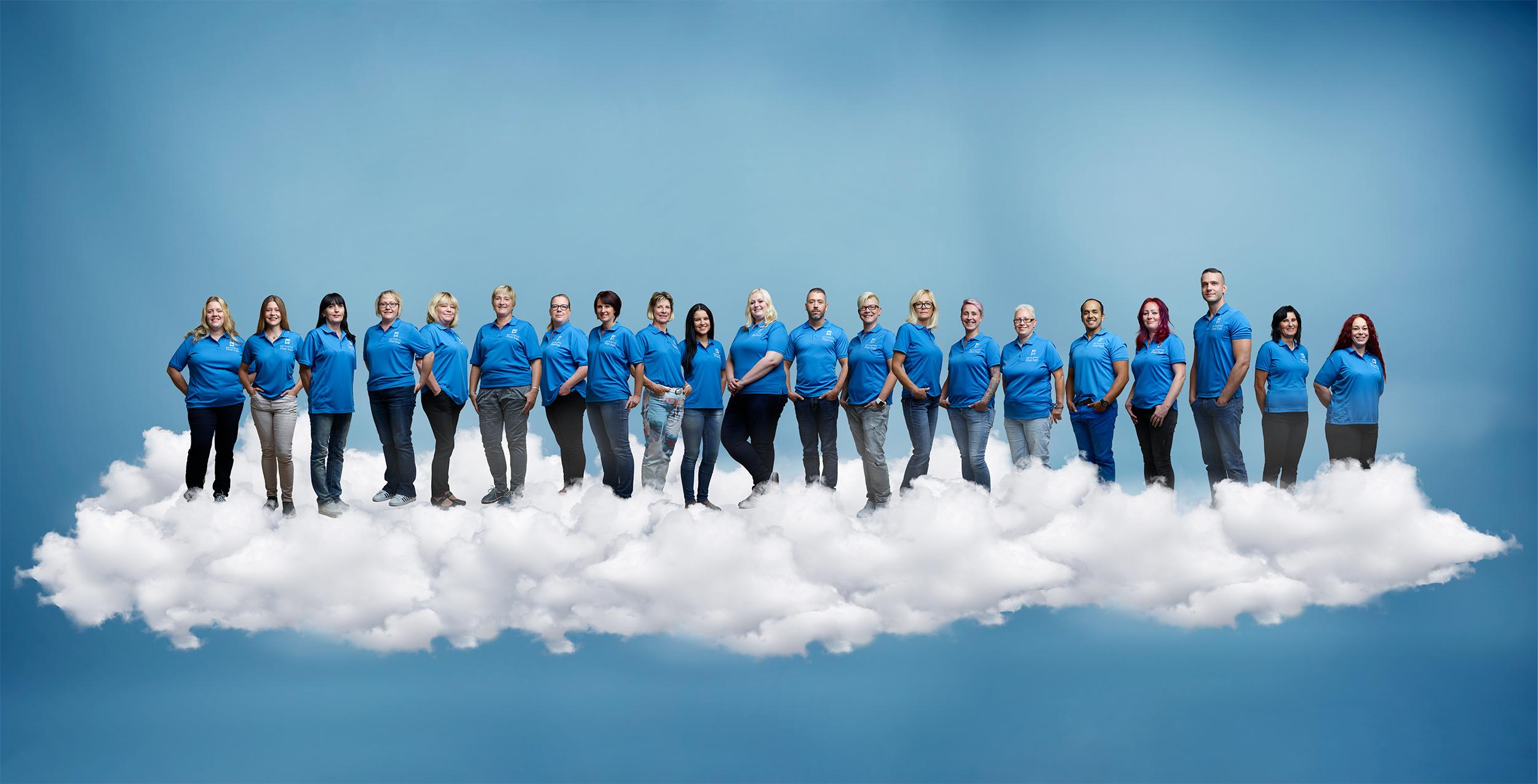 Großartig – alle unsere Engel auf einer Wolke